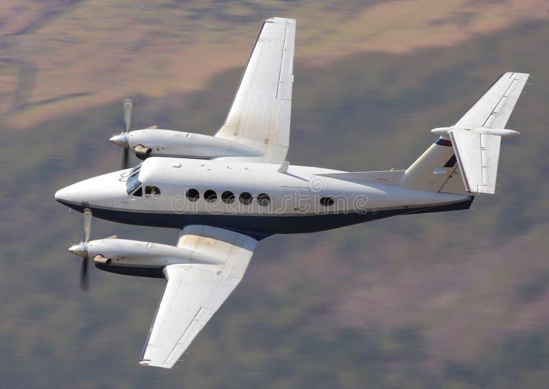 在飞行中企业飞机 免版税图库摄影
