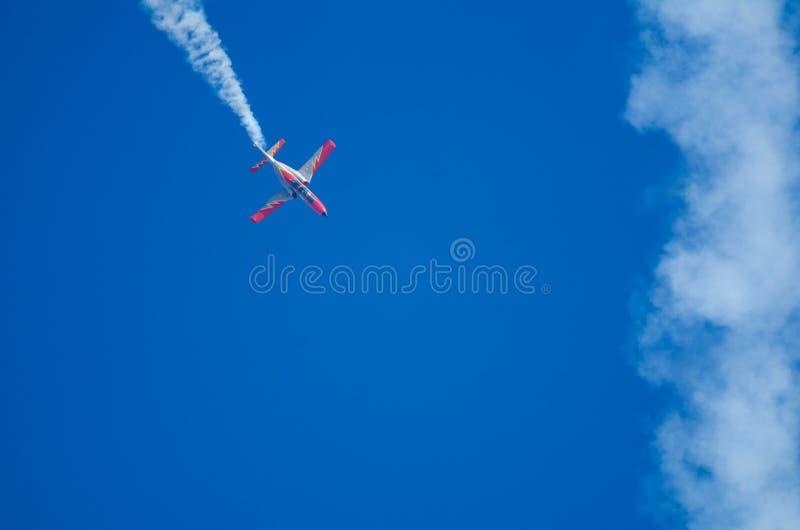 在飞行表演的飞行动力学的摊位 免版税图库摄影