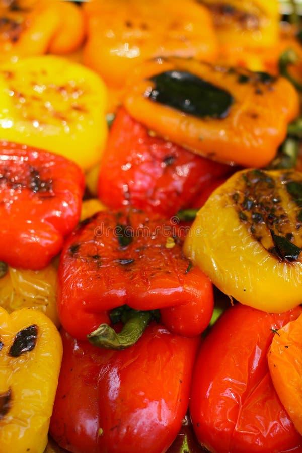 在食物节日的红色黄色喇叭花胡椒 免版税库存图片