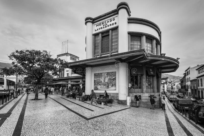 在马德拉岛海岛,丰沙尔, Portug销售梅尔卡多dos Lavradores 图库摄影