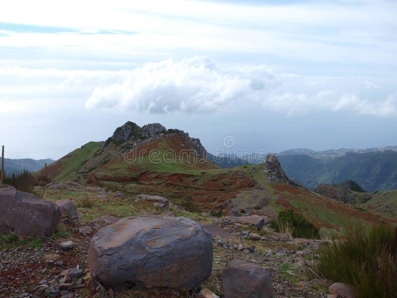在马德拉岛的山 免版税库存照片