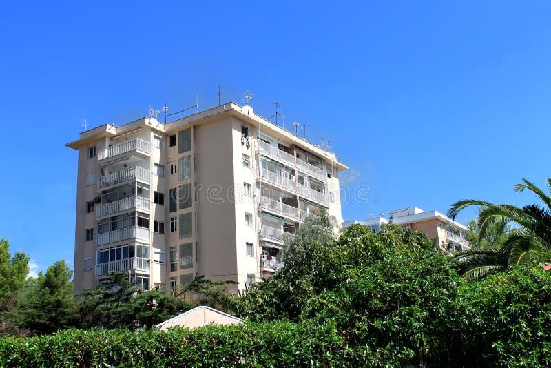 在马略卡海岛上的公寓楼  库存图片