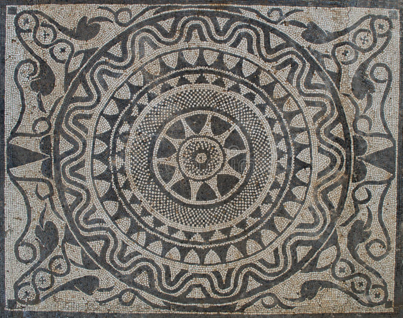 在马赛克的起义太阳在罗马别墅 免版税库存图片