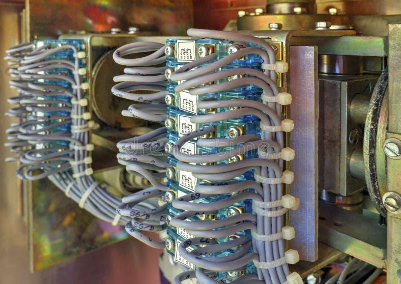 在高压断开器电子控制台室里面看法  库存照片