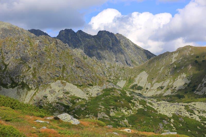 在高度Tatras的山风景 免版税库存图片