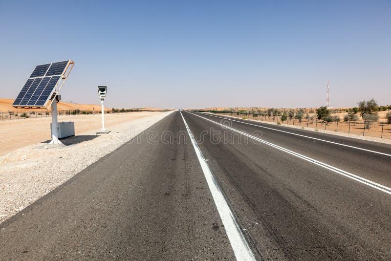 在高速公路的速度控制照相机 免版税库存图片