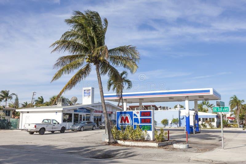 在鲳参海滩,佛罗里达的加油站 免版税库存照片