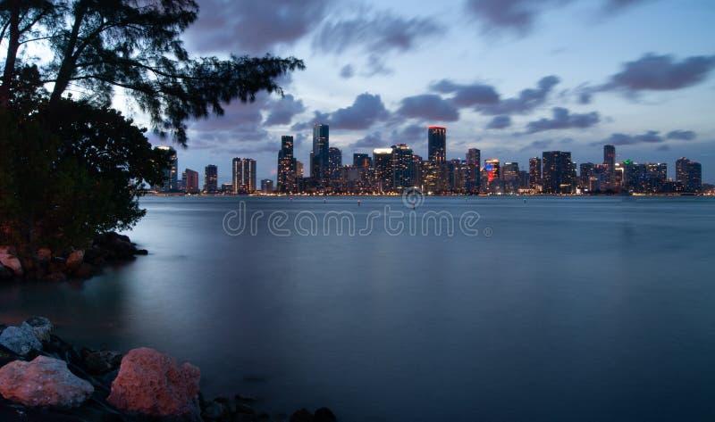 在黄昏的迈阿密地平线 库存照片