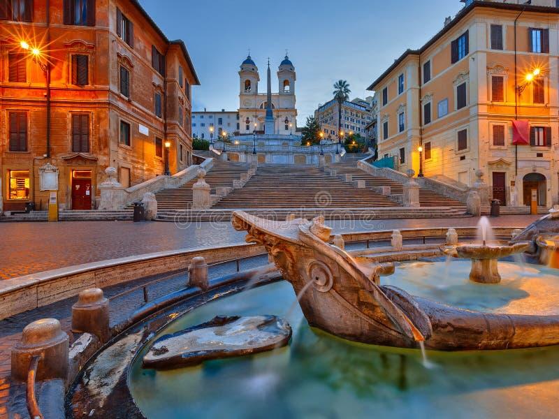 在黄昏,罗马的西班牙步 免版税库存图片