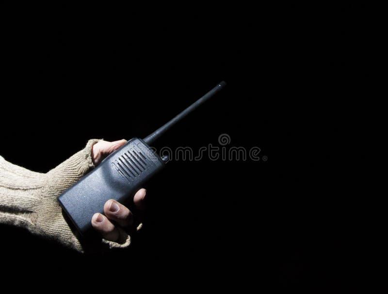 在黑暗的携带无线电话 库存图片
