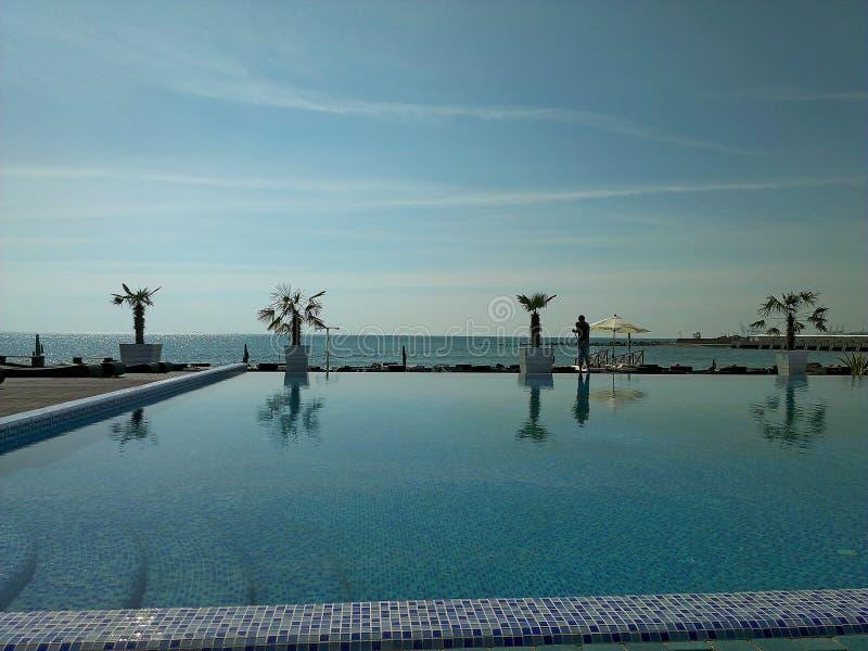 在黑海附近的水池 免版税库存图片