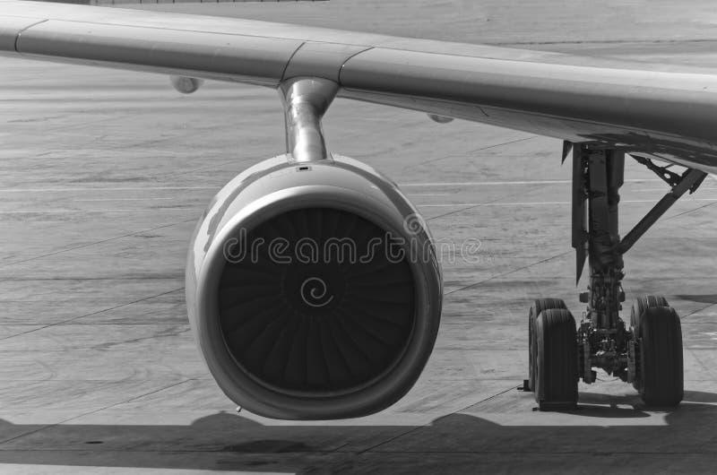 在黑白的飞机引擎 库存图片