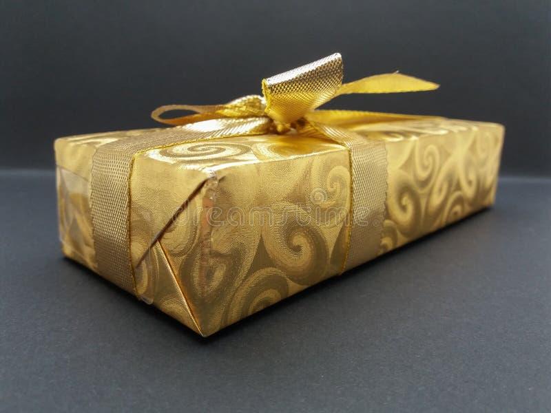 在黑背景的礼物盒 图库摄影