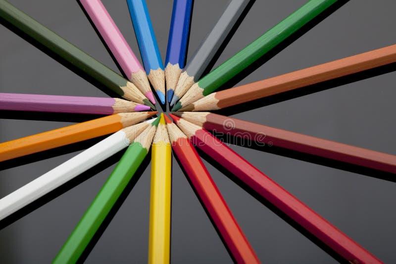 在黑色耐热有机玻璃的色的铅笔 免版税库存照片