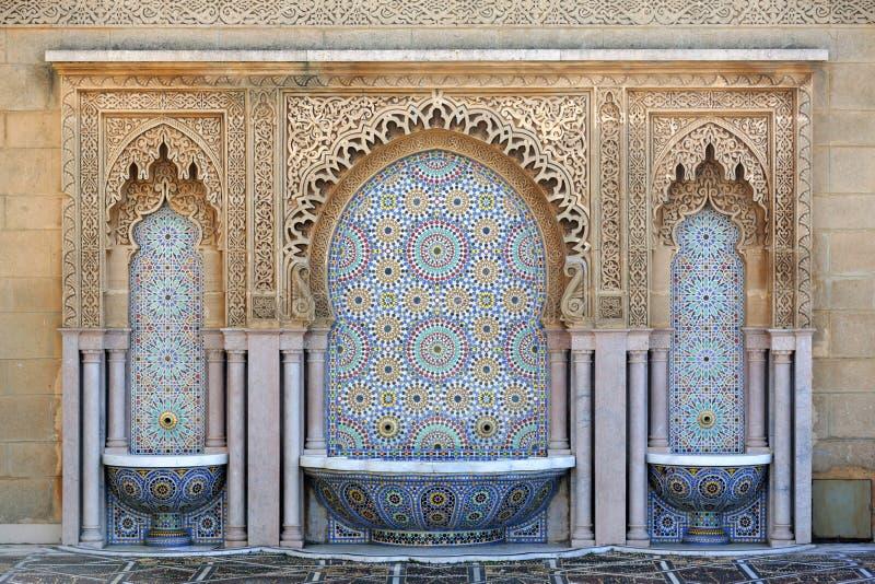 在默罕默德陵墓的喷泉v,拉巴特,摩洛哥 库存图片