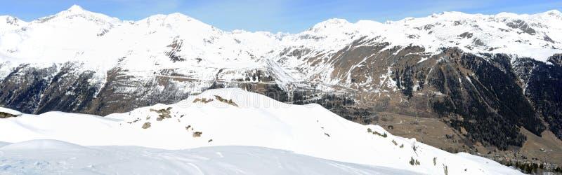 在登上Gotthard的看法在艾罗洛 库存照片