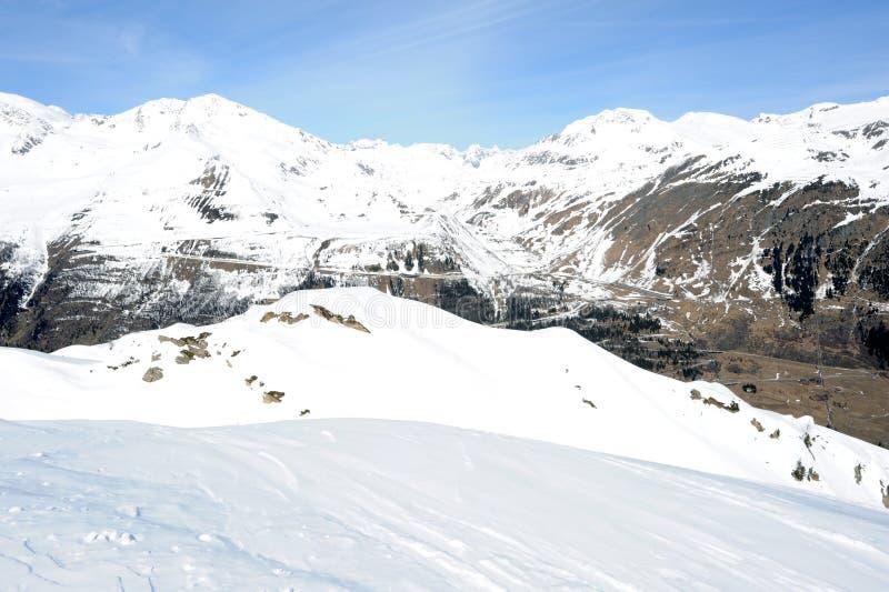 在登上Gotthard的看法在艾罗洛 图库摄影