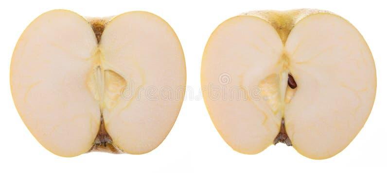 在2个一半Chantecler,chanteclerc,罗盘星座domestica的黄色苹果裁减 库存照片