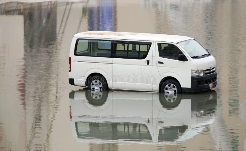 在水中淹没的搬运车在巴林 图库摄影