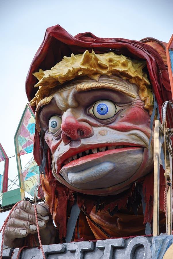 在维亚雷焦期间狂欢节的游行浮游物  免版税库存图片