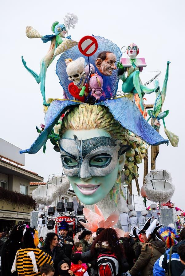 在维亚雷焦期间狂欢节的游行浮游物  免版税图库摄影