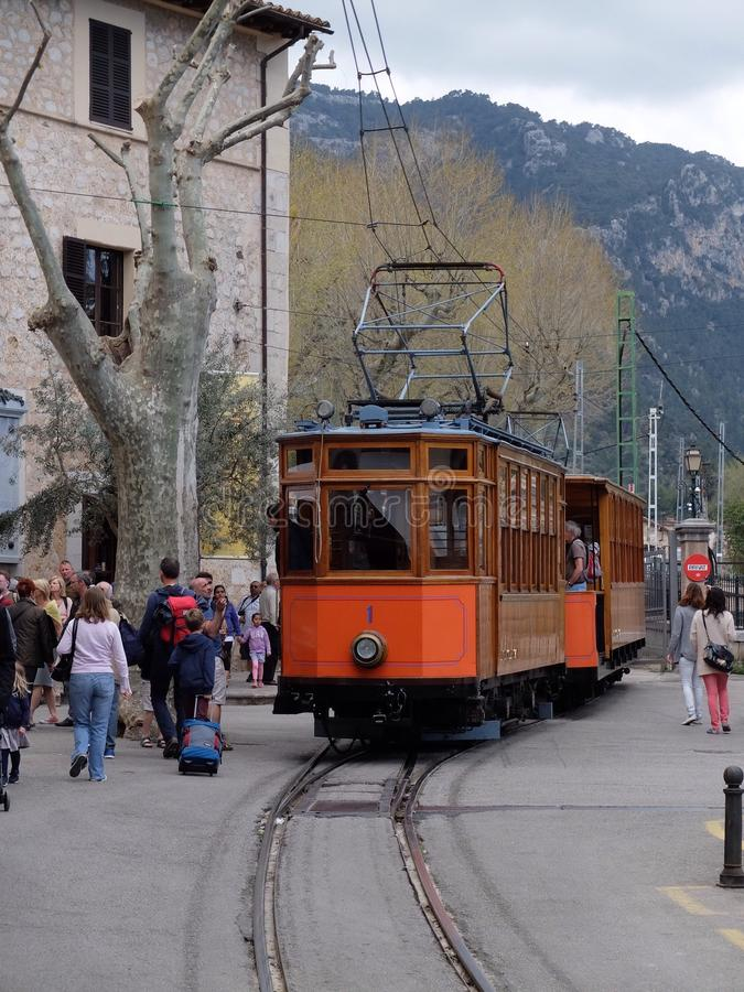 在索勒,马略卡,西班牙的电车 免版税图库摄影