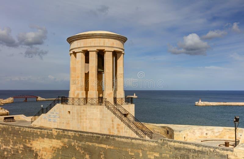 在围困响铃纪念品钟楼的HDR视图在瓦莱塔,马耳他 免版税库存图片