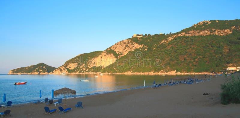 在贴水在科孚岛海岛上的乔治斯Pagon海滩的早晨  库存照片