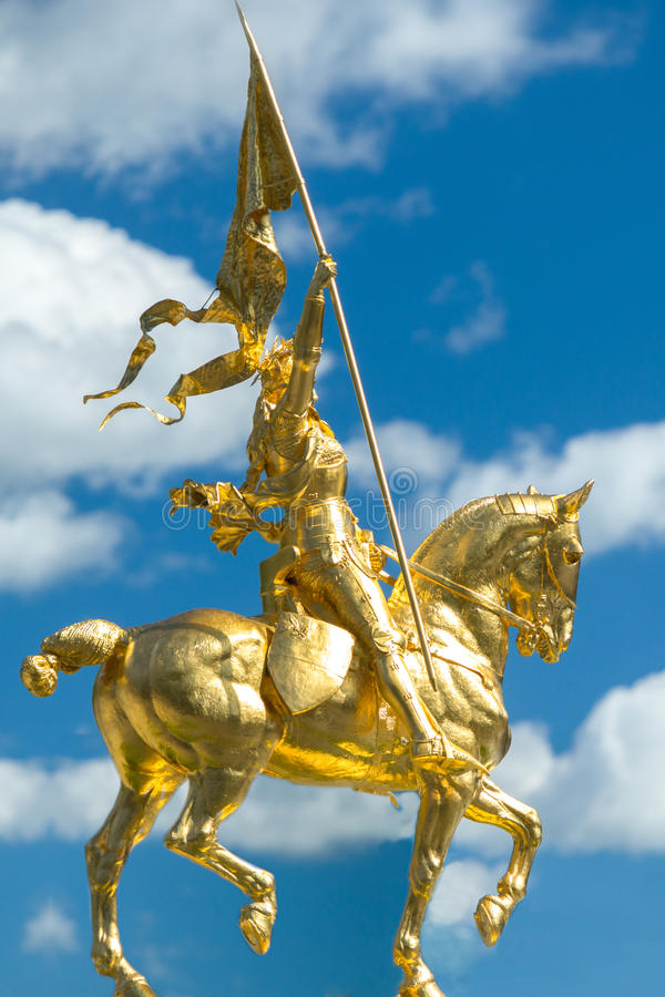 在费城艺术馆的圣贞德雕象 库存照片