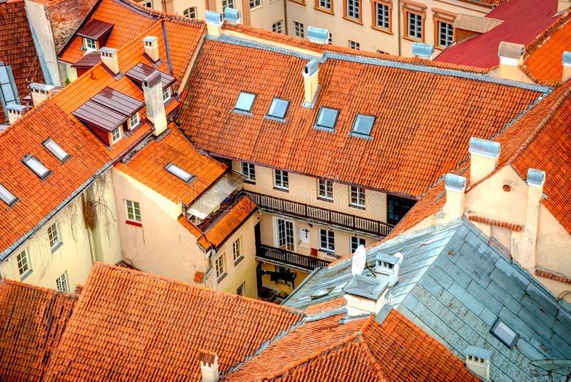 在维尔纽斯,立陶宛的首都屋顶的看法  图库摄影