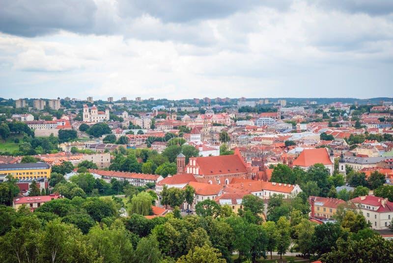 Download 在维尔纽斯,立陶宛的首都的看法 库存照片. 图片 包括有 降低, 中心, 立陶宛, 顽皮地, 拱道, 绿色 - 62532282