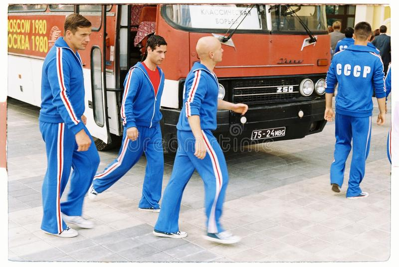 在1980年拍摄关于奥运会的电影在莫斯科-供以人员运动员走 免版税图库摄影