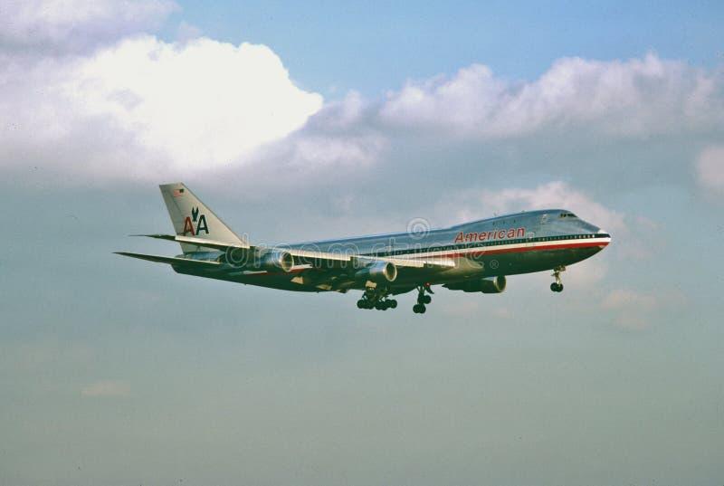 在1977年美国航空B-747着陆在达拉斯沃思堡国际机场 库存图片