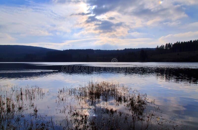 在水库, Nant-ddu,布雷肯比肯斯山国家公园的Llyn 免版税库存照片