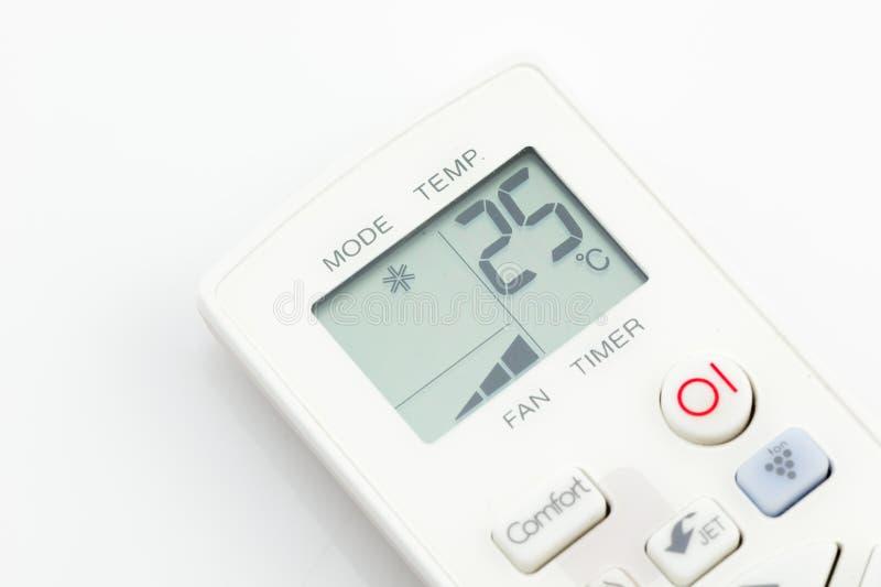 在25摄氏度的遥控空调器被隔绝的 免版税图库摄影