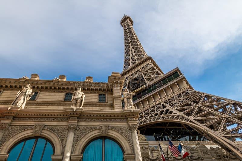 在巴黎旅馆和赌博娱乐场-拉斯维加斯,内华达,美国的艾菲尔铁塔复制品 库存照片