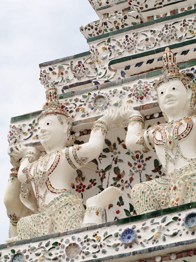 在黎明寺寺庙,曼谷,泰国的著名历史的佛教stupa 图库摄影