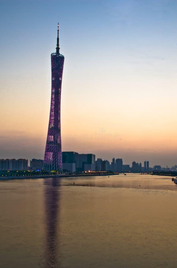 在黄昏的广州塔 免版税库存照片