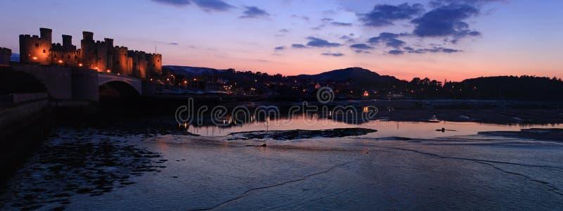 Download Conwy城堡 库存图片. 图片 包括有 beautifuler, 潮汐, 场面, 蓝色, 城镇, 天空 - 30328545