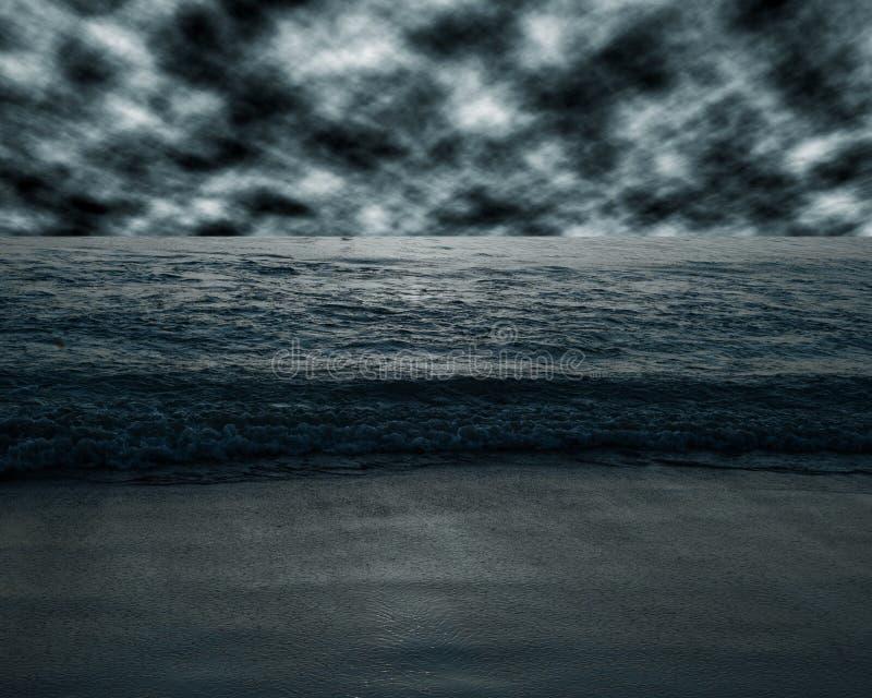 在黑暗的口气的海和海滩风暴 免版税库存照片