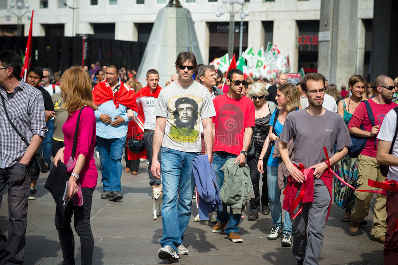 在2014年4月25日的米兰举行的解放的庆祝 免版税库存图片
