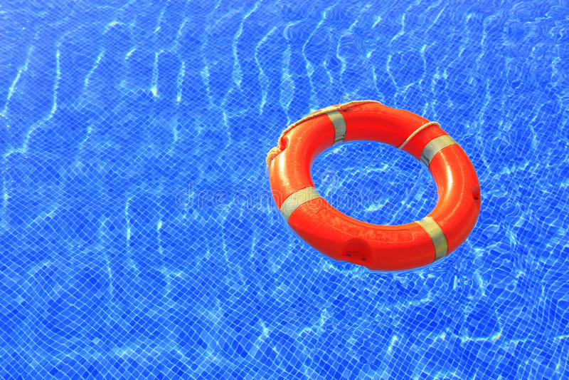 在水池的Swimmingring 免版税图库摄影