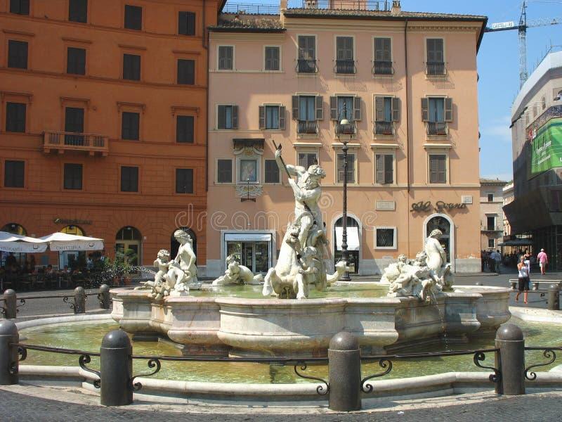 在1574年海王星喷泉由贾科莫della波尔塔创造了在纳沃纳广场在罗马 免版税图库摄影