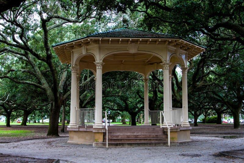 在巴特里公园,查尔斯顿, SC的眺望台 免版税图库摄影