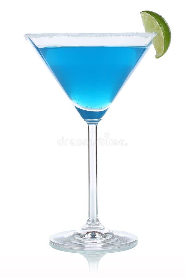在玻璃的蓝色库拉索岛鸡尾酒 库存照片