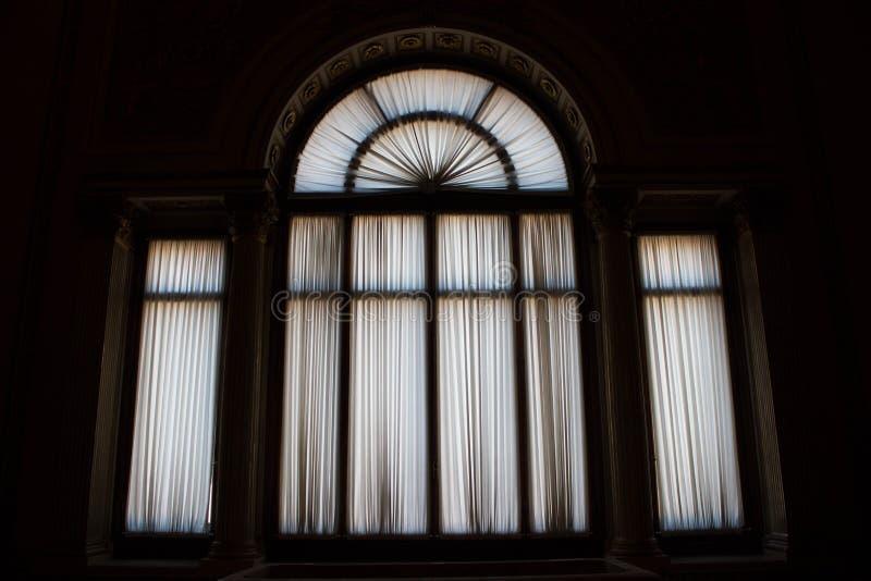 在黑白的窗口 免版税图库摄影