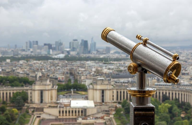 在巴黎的雨 库存图片