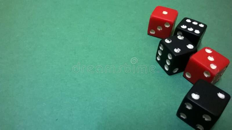 在绿色背景的模子 免版税库存图片