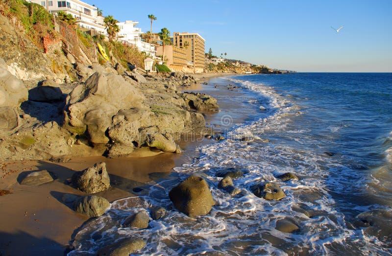 在水芹街道拉古纳海滩,加利福尼亚的海岸线 库存照片