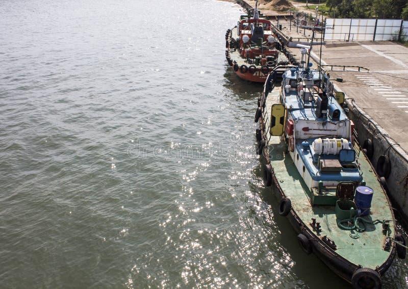 在刻赤轮渡的小船 克里米亚, 2015年 免版税图库摄影